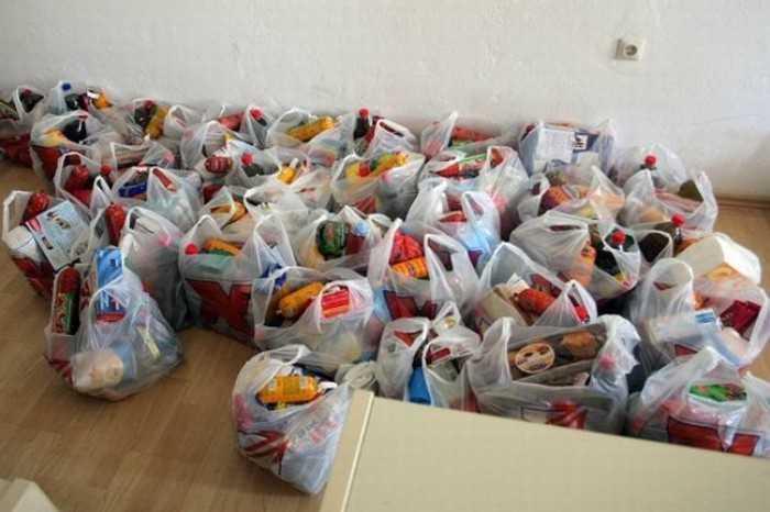 Διανομή προϊόντων σε απόρους ΤΕΒΑ στο γήπεδο της Λευκόβρυσης από 25 έως 28/9