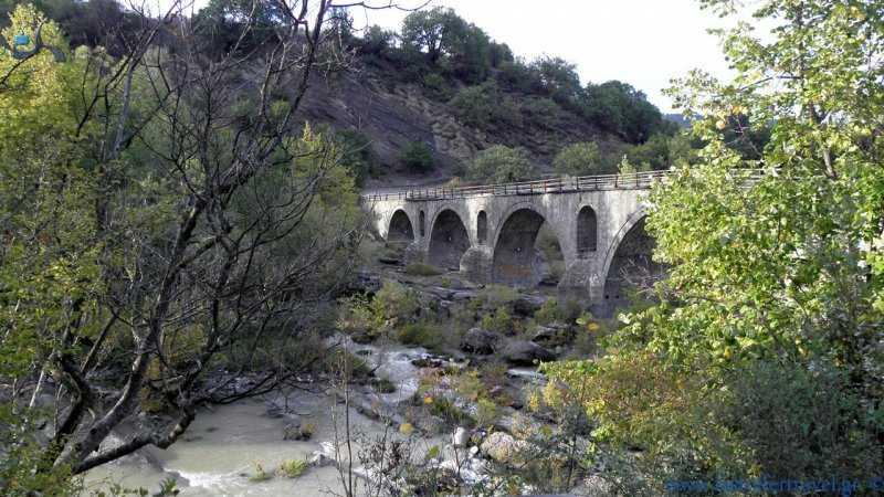 Σύλληψη τεσσάρων ημεδαπών για παράνομη γεώτρηση  στον Σταυροπόταμο Καστοριάς
