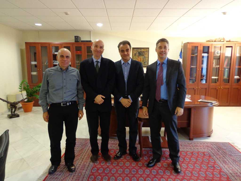 Ρίκαρντ Σκούφιας, Δ/ντης του ΤΑΡ στην Ελλάδα: «Ο TAP θα δεσμεύσει οικονομικούς πόρους για να στηρίξει τις προτάσεις  του Περιφερειάρχη Δυτικής Μακεδονίας Θεόδωρου Καρυπίδη,  προς όφελος της τοπικής κοινωνίας».