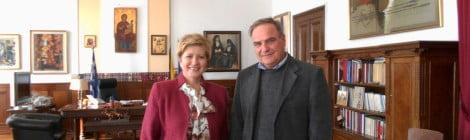 Συνάντηση με την Υφυπουργό Εσωτερικών και Διοικητικής Ανασυγκρότησης (Μακεδονίας-Θράκης) Μαρία Κόλλια-Τσαρουχά για θέματα κοινωνικής πολιτικής είχε ο Πρόεδρος της Κοινωφελούς Επιχείρησης του Δήμου Κοζάνης Μανώλης Κουτσοσίμος