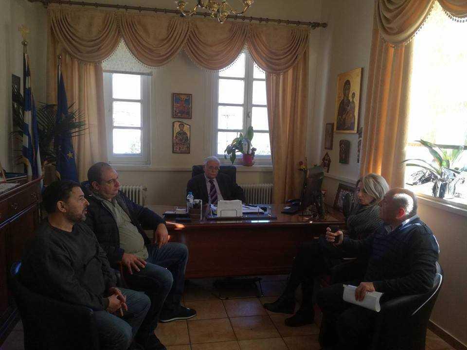 Συνάντηση Δημάρχου Βοΐου με Φιλοζωικό Σύλλογο Σιάτιστας για το θέμα των αδέσποτων