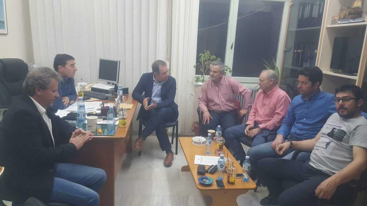 Συνάντηση πραγματοποίησε το Σωματείο Εργαζομένων ΔΕΗ η «ΕΝΩΣΗ», στις 18/4/2017 με τον βουλευτή του Σύριζα Ν. Κοζάνης κ .Δημητριάδη Δημήτριο , για θέματα που αφορούν την πορεία της επιχείρησης.