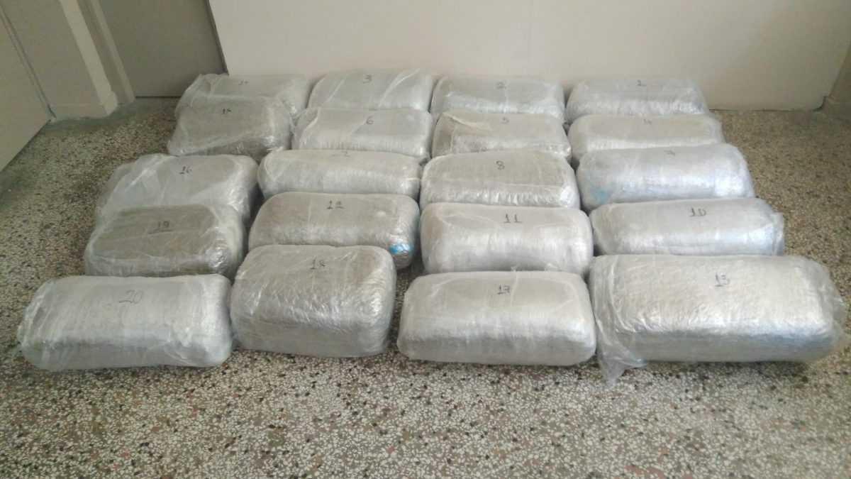 Διακίνηση 304 κιλών και -610- γραμμαρίων ακατέργαστης κάνναβης. Συνελήφθησαν από αστυνομικούς της Διεύθυνσης Αστυνομίας Καστοριάς δύο αλλοδαποί