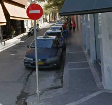 Ξεκίνησε τη Δευτέρα η ανάπλαση της οδού Ιπποκράτους, που τμήμα της θα αποτελέσει το σημείο στάθμευσης των ταξί.