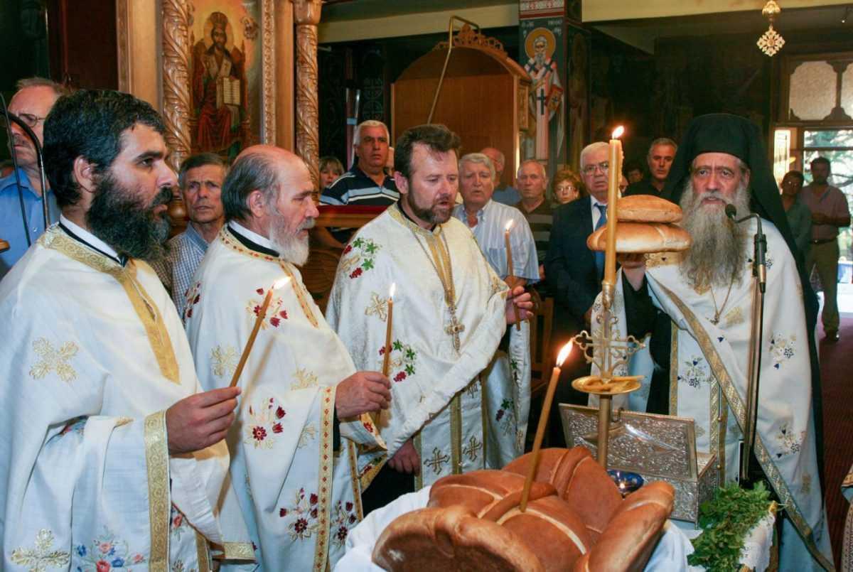 Το Βελβεντό υποδέχτηκε το ιερό λείψανο του Αγίου Διονυσίου εν Ολύμπω (του παπαδάσκαλου Κωνσταντίνου Ι. Κώστα)