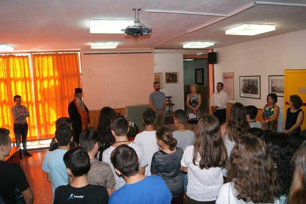 Στους  αγιασμούς στο 13ο Δημοτικό Σχολείο Κοζάνης και στο Γυμνάσιο Ποντοκώμης βρέθηκε ο Δήμαρχος Κοζάνης Λευτέρης Ιωαννίδης- Προχωρά η επέκταση στο 13ο και στο 18ο Δημοτικό