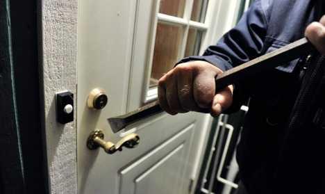 Συνελήφθησαν τέσσερα άτομα για απόπειρα κλοπής από οικία σε περιοχή της Κοζάνης