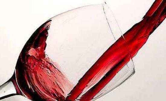 Αυξήθηκε η χρήση αλκοόλ λόγω οικονομικής κρίσης.