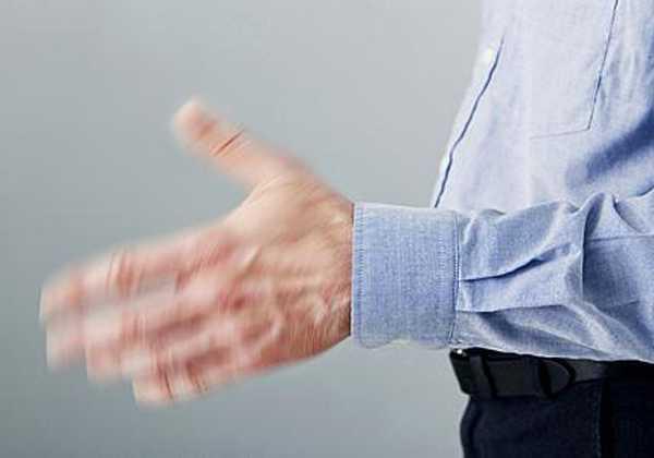 Γιατί τρέμουν τα χέρια μου;