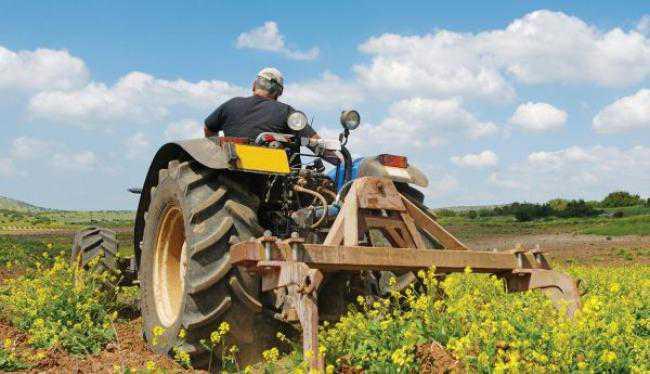 Δωρεάν διακοπές για 223.750 αγρότες