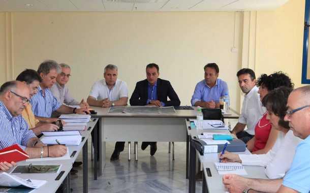 Ο κάθετος άξονας Φλώρινα – Πτολεμαΐδα, ο δρόμος Κοζάνη – Ρύμνιο  και ο κόμβος στη Μαυροπηγή, στο επίκεντρο της σύσκεψης στην Περιφέρεια