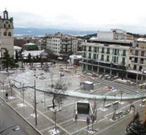 Αναμορφωμένη κεντρική πλατεία Κοζάνης (ευρωπαϊκών προδιαγραφών) χωρίς υπόγειο πάρκινγκ!