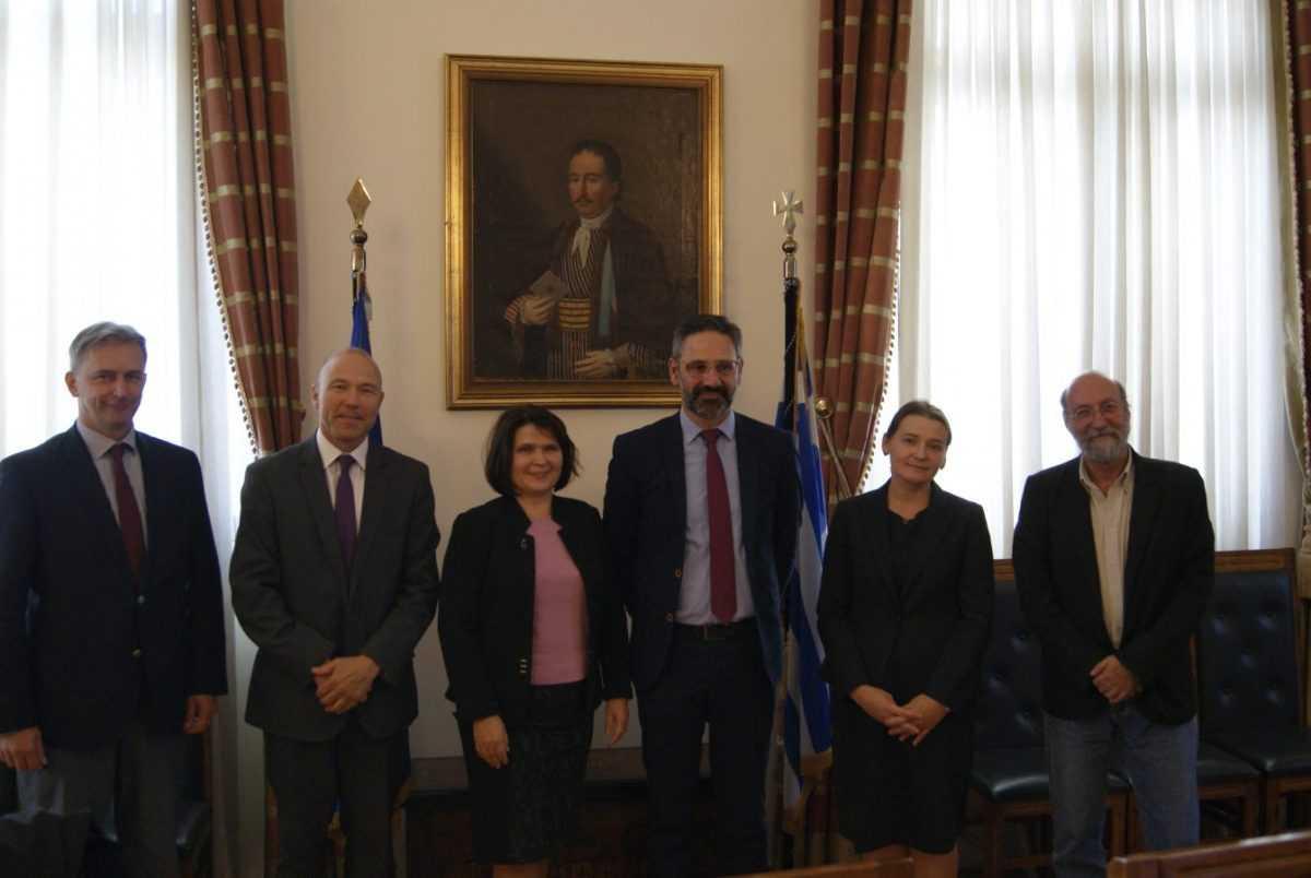 Συνάντηση του δημάρχου Κοζάνης Λευτέρη Ιωαννίδη με πρεσβευτές των χωρών του Βίσεγκραντ