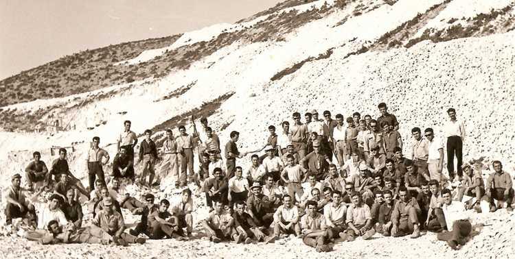 Η δημιουργία σωματείου λατόμων και η μεγάλη απεργία στα νταμάρια Τρανοβάλτου-Μικροβάλτου το 1964