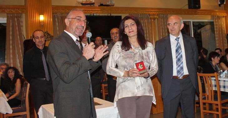 Βραβεύτηκε η πρωταθλήτρια Ειρήνη Θεοδωρίδου στην κοπή πίτας του Συλλόγου Δρομέων