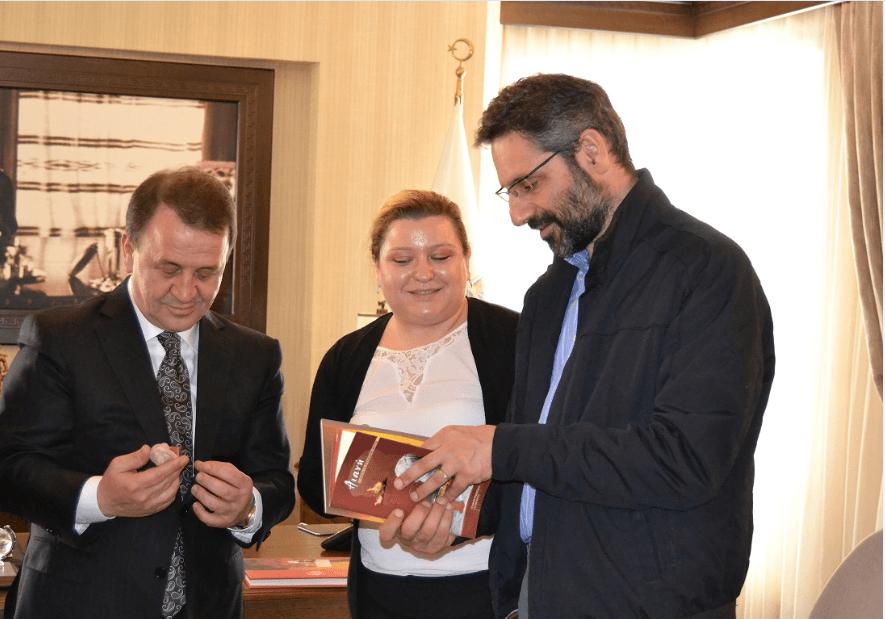 Συνάντηση του Δημάρχου Λ. Ιωαννίδη με τον Οζτζάν Ισικλάρ, Δήμαρχο της Σηλυβρίας