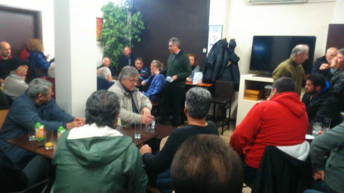 Συνάντηση με συντοπίτες του από το Χρώμιο είχε ο υποψήφιος Βουλευτής Π.Ε. Κοζάνης με «Το Ποτάμι» Αντώνης Σιαμπανόπουλος.