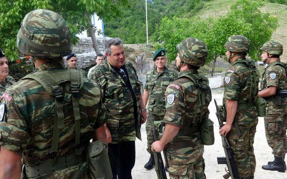 Eπαναλειτουργία στρατιωτικών φυλακίων στα ελληνοαλβανικά σύνορα προανήγγειλε ο Καμμένος