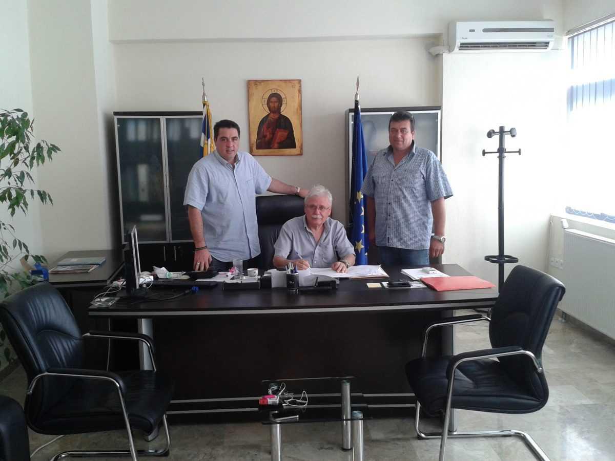 Υπογραφή σύμβασης έργου «Ασφαλτόστρωση αγροτικής οδοποιΐας Δ.Ε. Ασκίου»