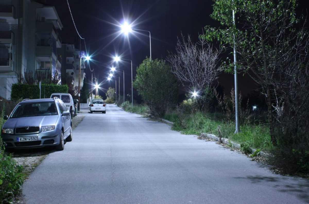 Προχωρά η αντικατάσταση λαμπτήρων με τεχνολογίας LED- Καλύπτονται οι ανάγκες του αστικού ιστού σε φωτισμό ενώ επιτυγχάνεται εξοικονόμηση ενέργειας και οικονομικά οφέλη