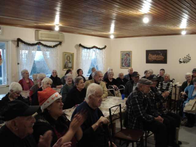 Επίσκεψη Φιλοπρόοδου Συλλόγου Κοζάνης στο Τιάλειο Εκκλησιαστικό Γηροκομείο Κοζάνης