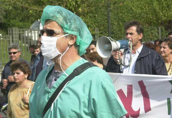 Κλιμακώνουν τις κινητοποιήσεις τους οι γιατροί για το ασφαλιστικό. Αποχή από την ηλεκτρ. συνταγογράφηση μεταξύ των μορφών αντίδρασής τους