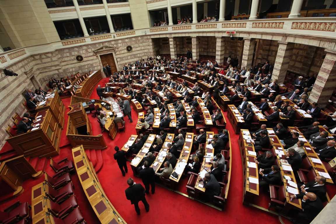 Ψηφίζεται την Πέμπτη το πολυνομοσχέδιο για το άσυλο και την αυτοδιοίκηση. ΟΛΟΚΛΗΡΟ ΤΟ ΝΟΜΟΣΧΕΔΙΟ
