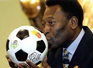 (FILE) Brazilian football legend Pele kisses a ball during a presentation in Leipzig on the eve of the final draw of the Fifa football World Cup 2006, on December 8, 2005. Football legend Pele is hospitalized in Sao Paulo, Brazil, a spokesperson of the Albert Einstein Hospital confirmed on November 13, 2012. According to Sao Paulo's Folha newspaper, Pele underwent a hip surgery to correct a problem on his thighbone. AFP PHOTO/FRANCK FIFEFRANCK FIFE/AFP/Getty Images