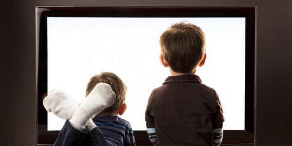 Παιδί & οθόνη: Πότε, πόσο και πώς; Νέες οδηγίες για τη χρήση οθονών από τα παιδιά εξέδωσε πρόσφατα η Αμερικανική Παιδιατρική Ακαδημία.