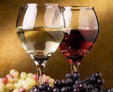 Κρασιά & αποστάγματα στο απόσπασμα. Στην Ελληνική αγορά κρασιού, αποσταγμάτων και οινοπνευματωδών ποτών η παρανομία είναι πλέον ο κανόνας και η νομιμότητα η εξαίρεση! (του Λεωνίδα Κουμάκη*)