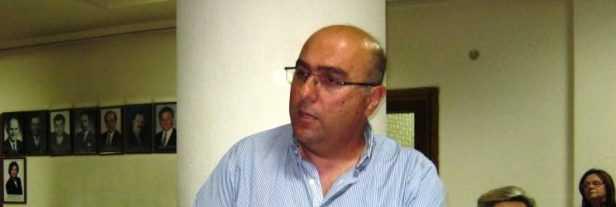 Συνελήφθη 28χρονος ημεδαπός στην Κοζάνη διότι βρέθηκαν στην κατοχή του και κατασχέθηκαν μία σιδερογροθιά και ένα μαχαίρι