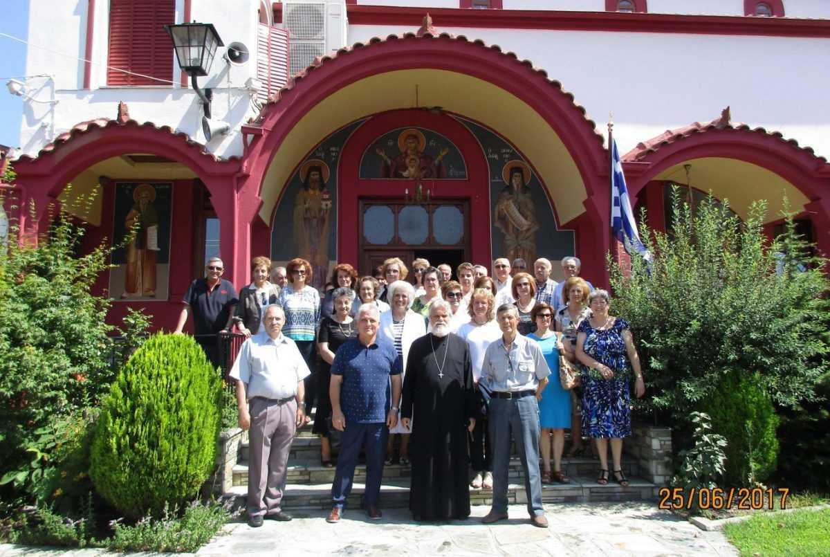 Η μεικτή χορωδία ''Ελίμεια'' Κοζάνης εκκλησιάστηκε  στον Ιερό Ναό του Αγίου Διονυσίου Βελβεντού