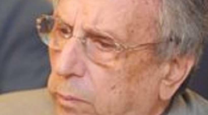 «Έφυγε» στα 92 του ο Γιώργος Μίρκος, πρώην διοικητής της Εθνικής Τράπεζας. Η κηδεία του θα γίνει την Δευτέρα 12 Ιουνίου στις 12 το μεσημέρι από το Α' Νεκροταφείο Αθηνών