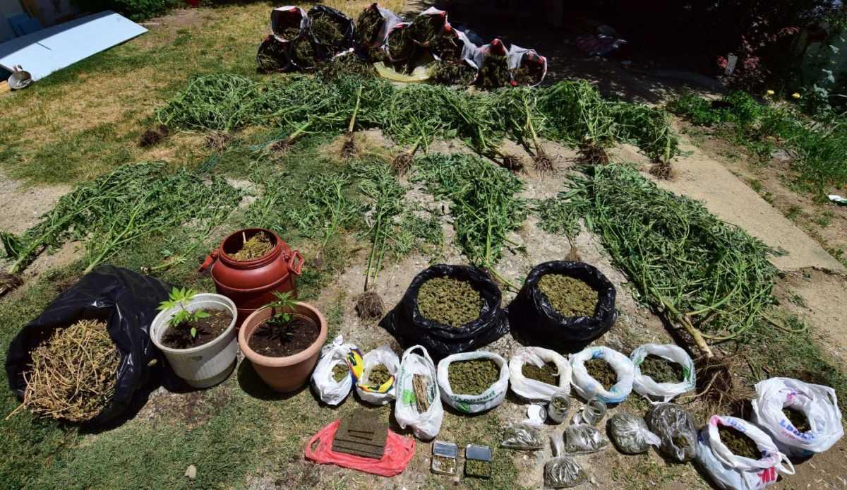 Εξαρθρώθηκε στην Καστοριά εγκληματική ομάδα που δραστηριοποιούνταν στη διακίνηση ναρκωτικών ουσιών στη χώρα, στο πλαίσιο της οποίας συνελήφθησαν -4- άτομα, μέλη της