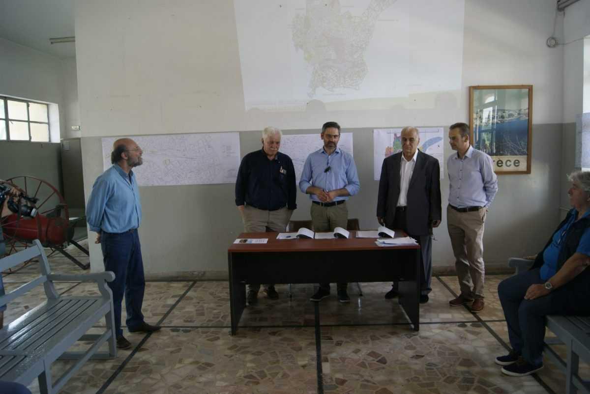 Στους πολίτες της Κοζάνης η έκταση του χώρου του Σιδηροδρομικού Σταθμού. Υπεγράφη η συμφωνία Δήμου Κοζάνης, ΟΣΕ ΑΕ και ΓΑΙΑ ΟΣΕ