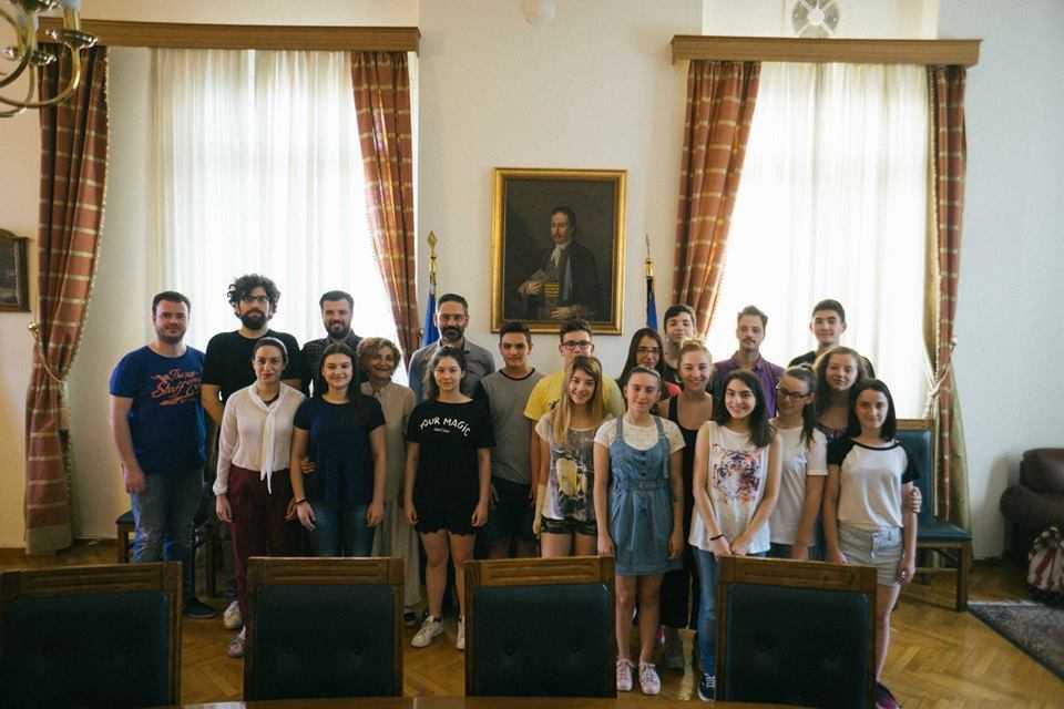 Συνάντηση του Δημάρχου Κοζάνης με τα μέλη της Εφηβικής Σκηνής του ΔΗ.ΠΕ.ΘΕ Κοζάνης