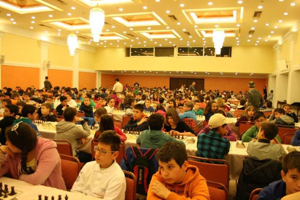 ΕΝΑΡΞΗ ΜΑΘΗΜΑΤΩΝ ΣΚΑΚΙ από την Σκακιστική Ακαδημία Πτολεμαϊδας για τη νέα περίοδο 2017-2018