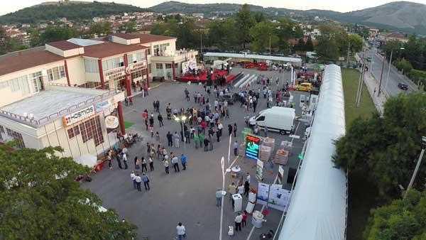 Μαθήματα κυκλοφορικής αγωγής σε μικρούς και μεγάλους από την τροχαία Κοζάνης και κλήρωση ποδηλάτων στην 33η Εμποροβιοτεχνική & Γεωργική έκθεση Δυτικής Μακεδονίας
