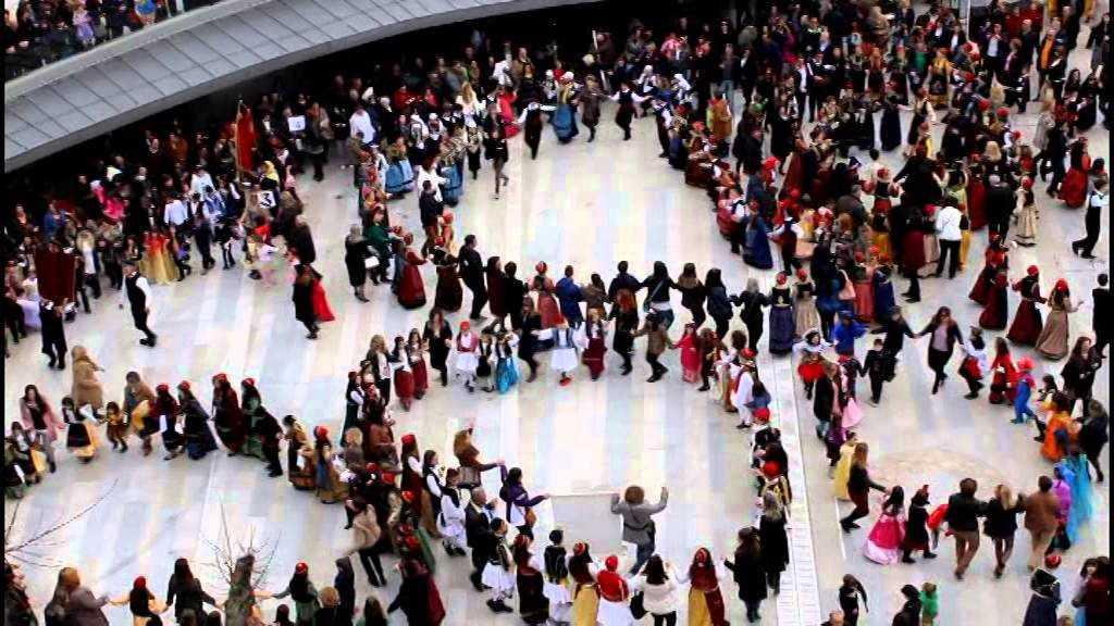Οργάνωση παρουσίασης παιδικών χορευτικών τμημάτων  την Κυριακή της Μικρής Αποκριάς 11 Φεβρουαρίου 2018
