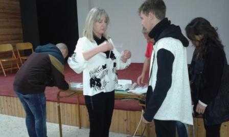 1ο ΕΠΑ.Λ Σερβίων: «Γίνε δωρητής Ζωής». Ενημέρωση από το Σύλλογο Εθελοντών Αιμοδοτών Κοζάνης «Γέφυρα Ζωής»