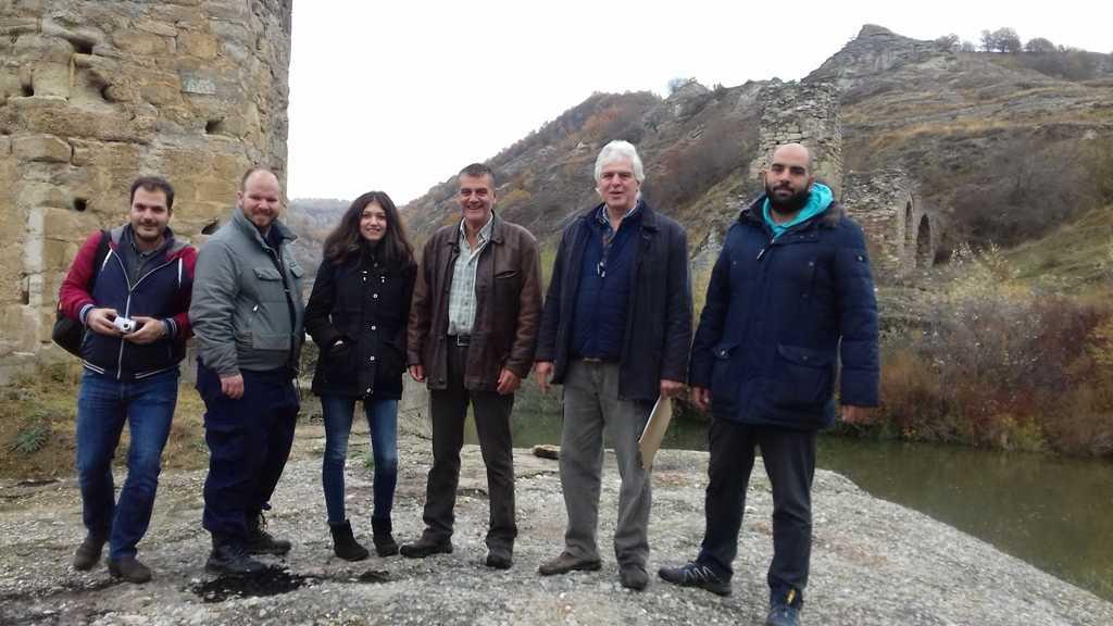 Επίσκεψη κλιμακίου του ΑΠΘ στο γεφύρι του Πασά στον ποταμό Αλιάκμονα