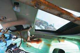 Σε κρίσιμη κατάσταση 43χρονος από τα Κομνηνά μετά την ανατροπή του αυτοκινήτου του