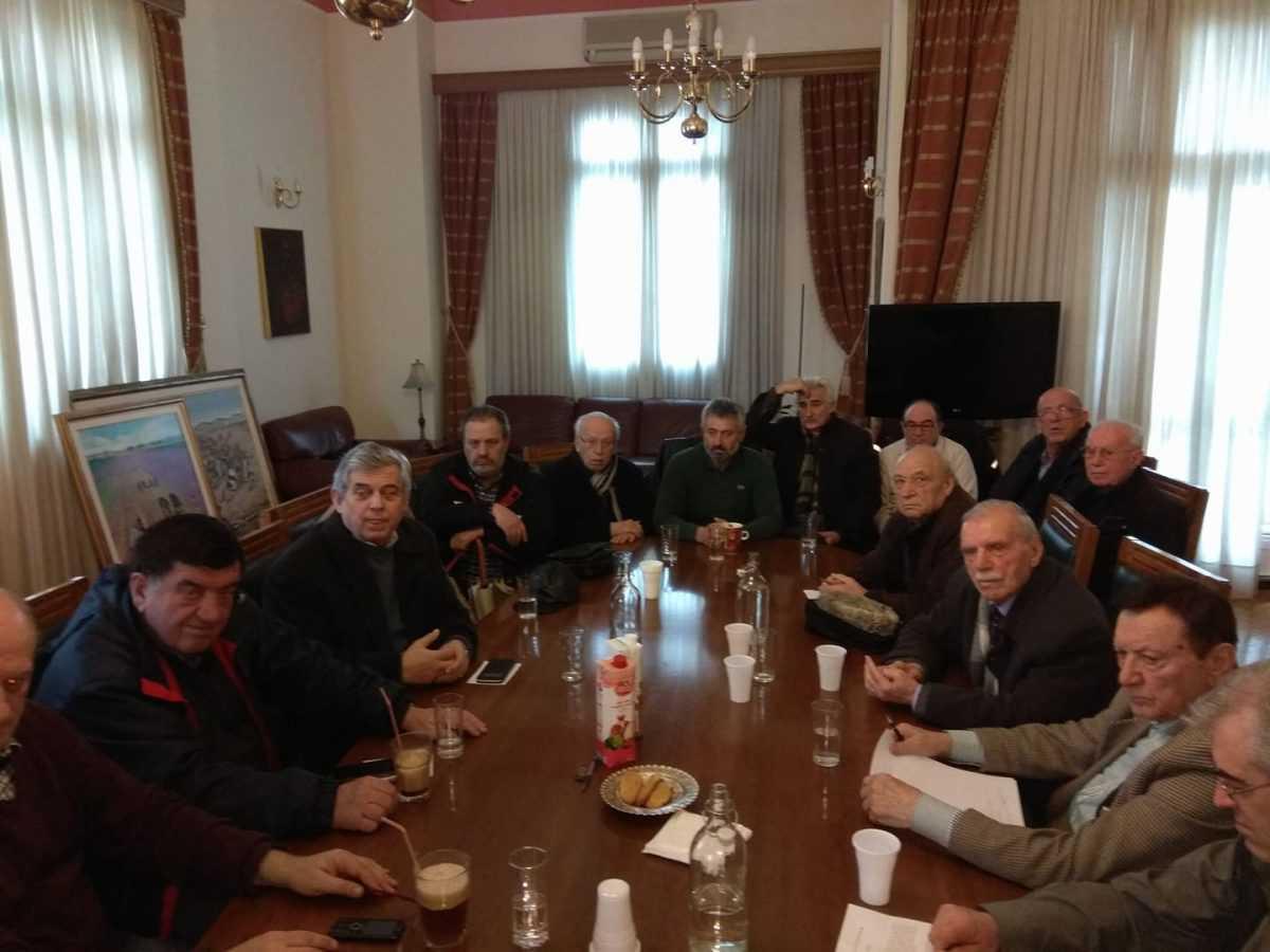 Φωτογραφίες από την συνάντηση του Δημάρχου Κοζάνης με συνταξιούχος