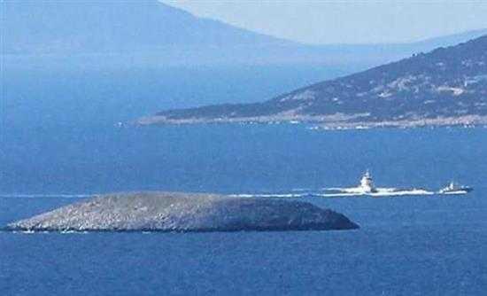 Επεισοδιακή νύχτα στα Ίμια: Τουρκική ακταιωρός εμβόλισε σκάφος του Λιμενικού!