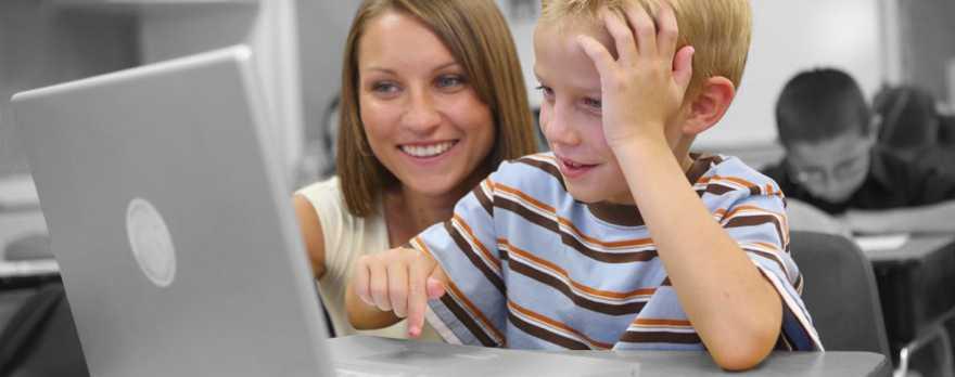 Ο χρόνος μπροστά στην οθόνη: Συμβουλές για γονείς
