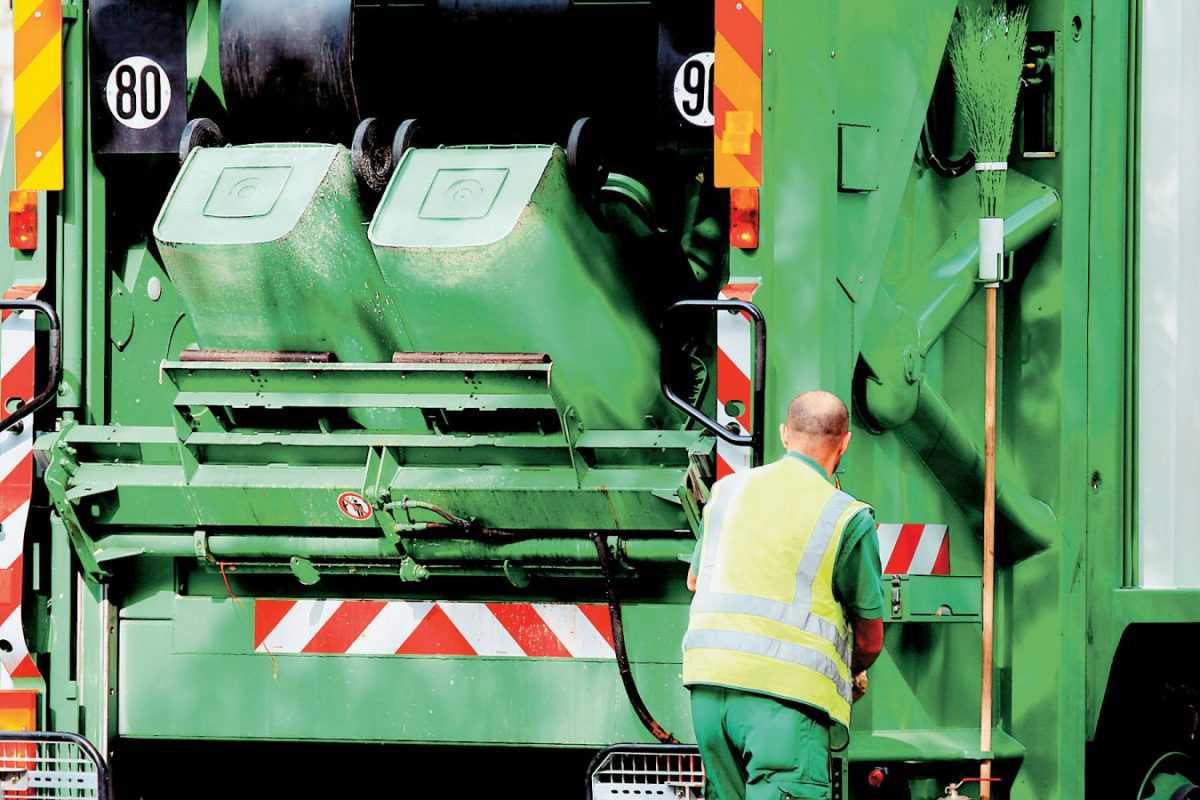 27 νέοι μόνιμοι υπάλληλοι «έπιασαν» δουλειά στην Υπηρεσία Καθαριότητας του Δήμου Κοζάνης