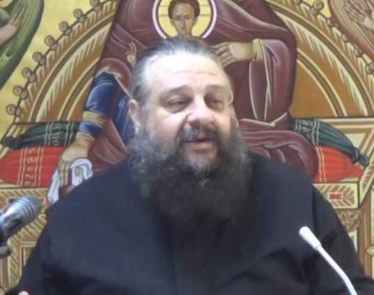 Πλήθος επιστολών συμπαράστασης και ανοιχτών επιστολών προς την Διοικούσα Εκκλησία μετά την απόφαση ενοχής του π. Νικόλαου Μανώλη,  από το επισκοπικό δικαστήριο της μητροπόλεως Θεσσαλονίκης και την παραπομπή του (για την ποινή) στο Συνοδικό Δικαστήριο
