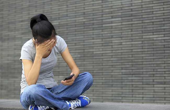 Κατάθλιψη: Γιατί επιδεινώνεται την άνοιξη;