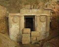 Η Εφορεία Αρχαιοτήτων Κοζάνης ανοίγει τον Μακεδονικό Τάφο της Σπηλιάς Εορδαίας