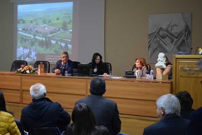Με επιτυχία και μέσα σε κλίμα συγκίνησης πραγματοποιήθηκε η ημερίδα  «Το Αρχαιολογικό Μουσείο Αιανής αφηγείται την ιστορία του.  Με τη δυναμική του παρελθόντος στοχεύοντας το μέλλον.»